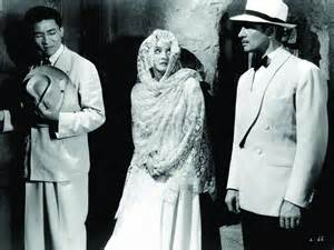 Sen Yung, Bette Davis and James Stephenson
