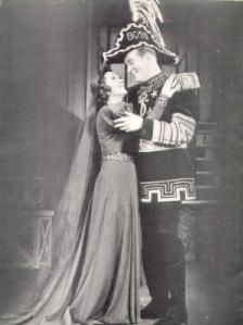 Vivienne Segal as Morgan Le Fay and Dick Foran as Martin, Sir Boss