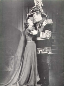 Vivienne Segal as Morgan Le Fay and Dick Foran as Martin, Sir Boss