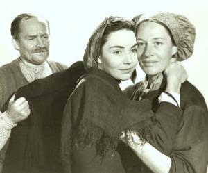 Roman Bohnen and Anne Revere as Bernadette's parents
