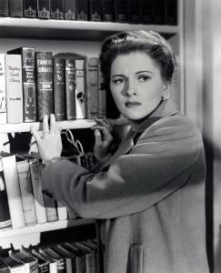 Suspicion-1941-classic-movies-16283117-2072-2560