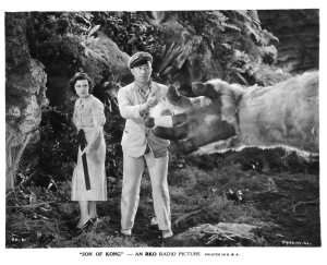 Helen Mack and Jack Armstrong cautiously approach Baby Kong